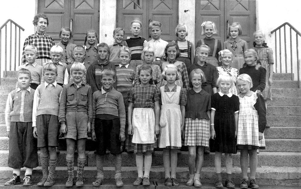 Harjulan koulun 4 B lk 1951
