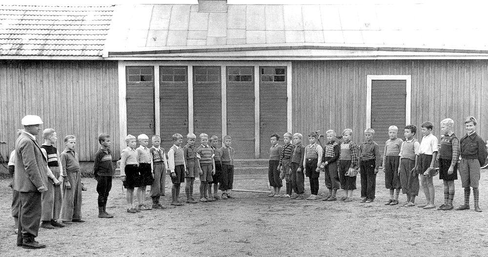 Harjulan koulun 4 A lk 1951